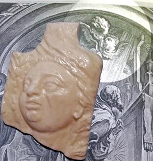 Aus Knochen geschnitztes Detail von einem Kunstwerk